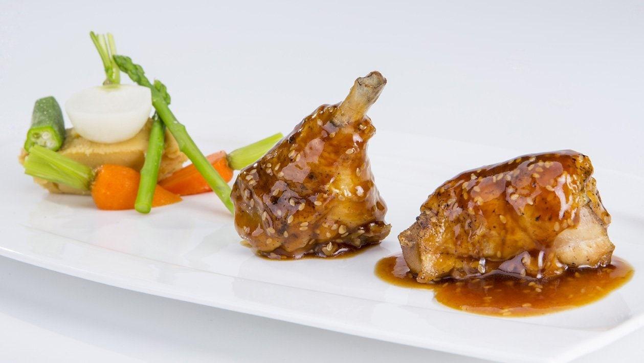 Lakierowany kurczak z miodem i sezamem (BG)